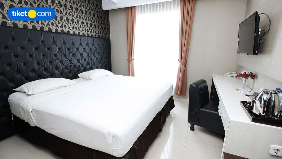 Rizen Premiere Hotel Cisarua, Bogor