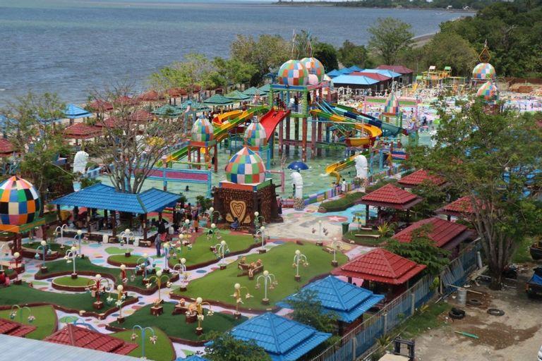 Resort Wisata Pantai Topejawa, Takalar