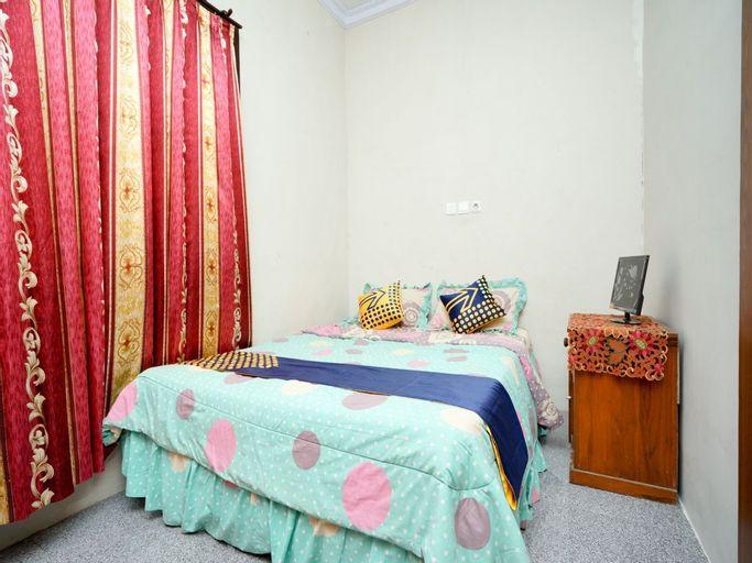 SPOT ON 2327 Dome Hotel, Probolinggo
