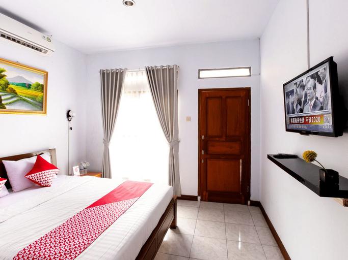 OYO 569 Cigadung Guest House, Bandung