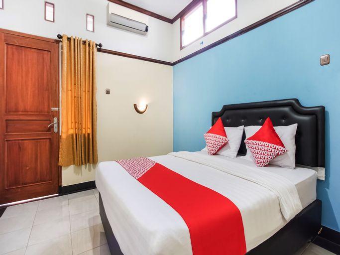 OYO 3892 Athaya Guesthouse Syariah, Yogyakarta