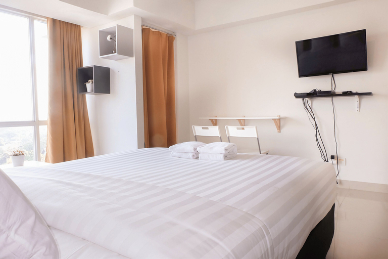 Fully Furnished Studio Apartment Near MT Haryono And Halim By Travelio, East Jakarta