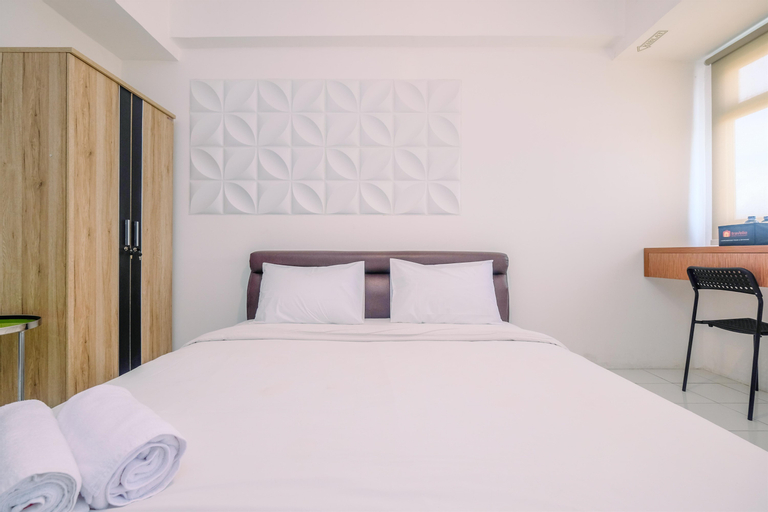 Cozy and Tranquil Studio Apartment at Gunung Putri Square By Travelio, Bogor