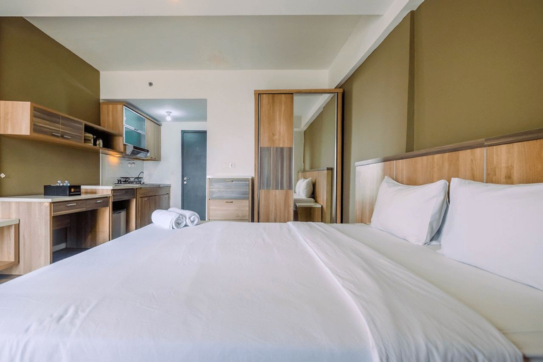 Modern and Cozy Studio Park View Apartment By Travelio, Depok