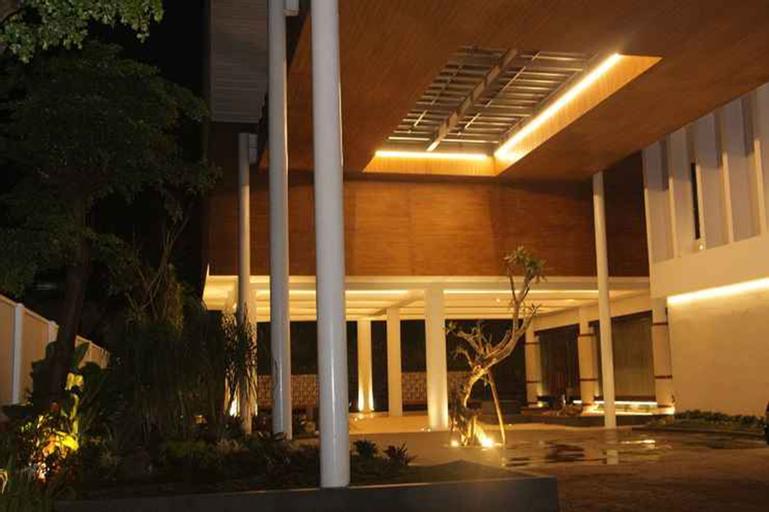 Opulence Rayz UMM Hotel, Malang