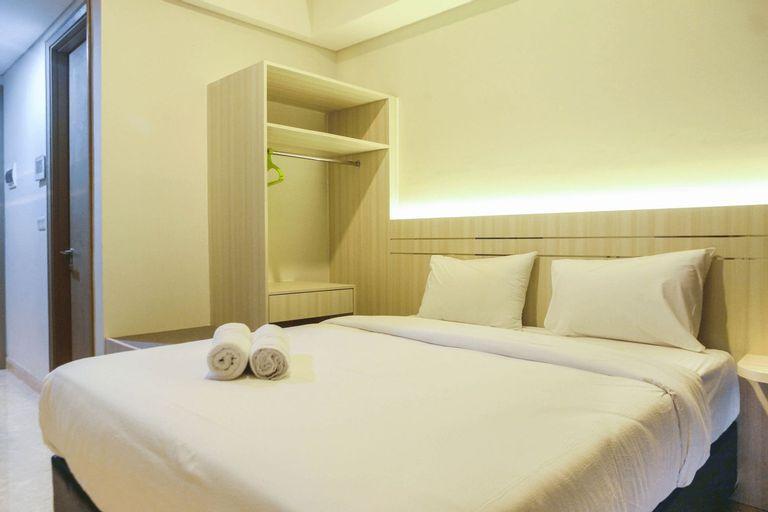 Cozy Stay Studio Room at Gold Coast Apartment By Travelio, Jakarta Utara