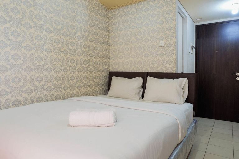 Fully Furnished Studio at Serpong Greenview Apartment By Travelio, Tangerang Selatan