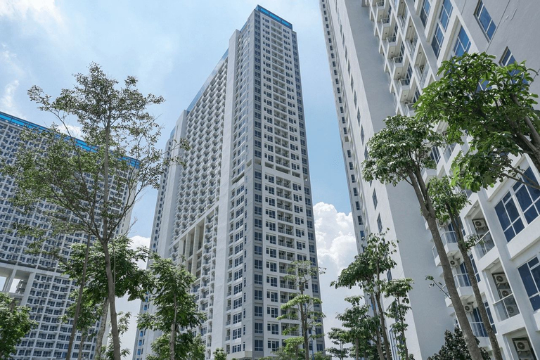 Minimalist 3BR Apartment at Puri Mansion By Travelio, West Jakarta