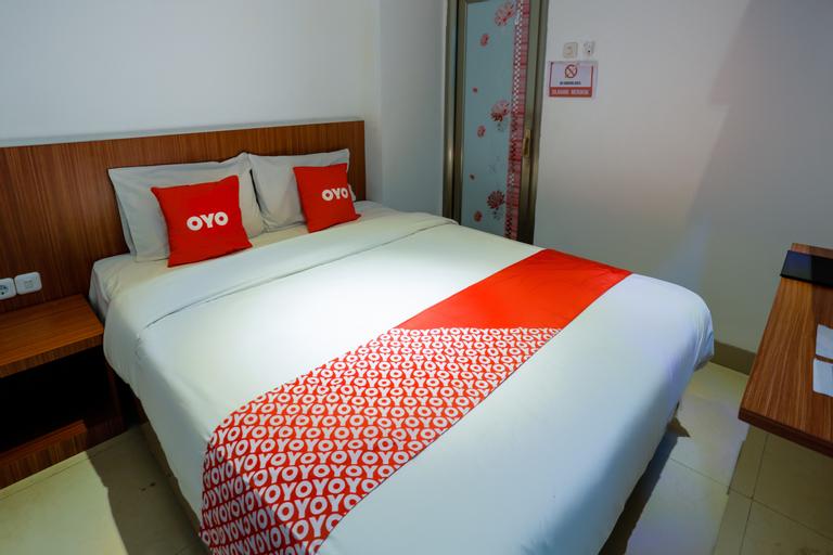 OYO 3109 Point Inn, West Jakarta
