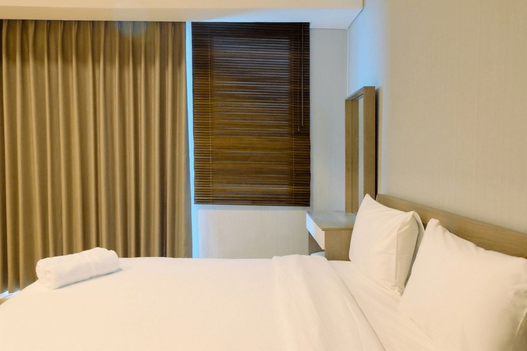 Homey Studio Room at Capitol Suites By Travelio, Central Jakarta