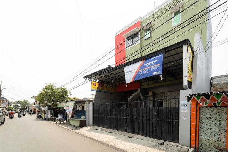 KoolKost Syariah near Velodrome Rawamangun (Minimum 3 Nights), East Jakarta