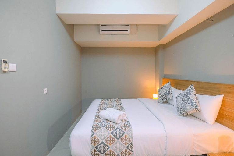 Comfortable 1BR Apartment at Mustika Golf Residence By Travelio, Cikarang