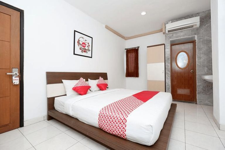 OYO 1251 Sweet Home Residence, Semarang