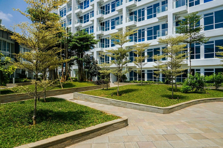 Affordable 1BR Puri Mansion Apartment By Travelio, West Jakarta