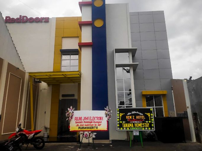 RedDoorz near Moro Mall Purwokerto 2, Banyumas