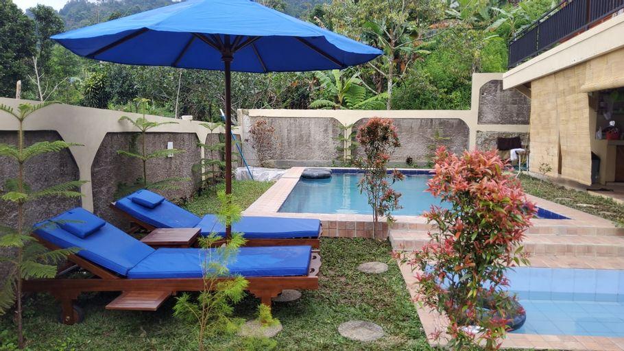Villa Zoya, Bogor