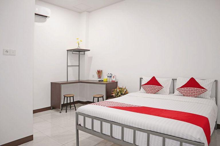 OYO 1306 Cendrawasih Homestay, Padang