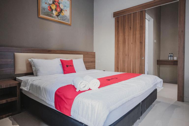 Reddoorz Premium @ Permata Baloi Green, Batam