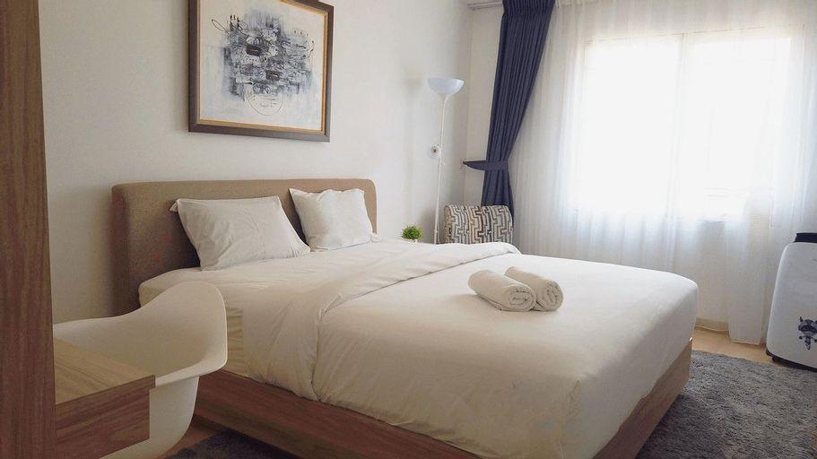 Economic Luxurious Studio Pinewood Apartment Jatinangor near JATOS By Travelio, Sumedang
