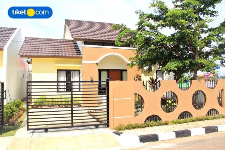 Pelangi Guest House Belitung, Belitung
