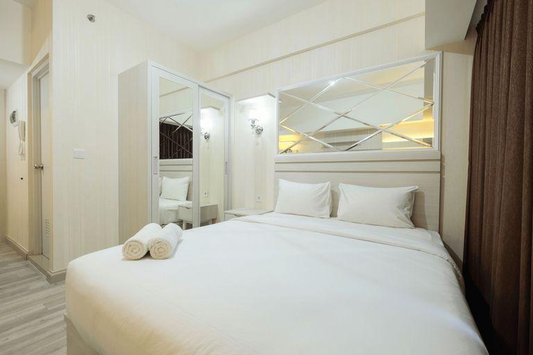 Elegant Studio at Springlake Summarecon Bekasi Apartment By Travelio, Bekasi