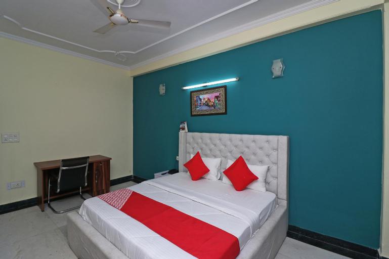 OYO 38025 Happy Homes, Gautam Buddha Nagar