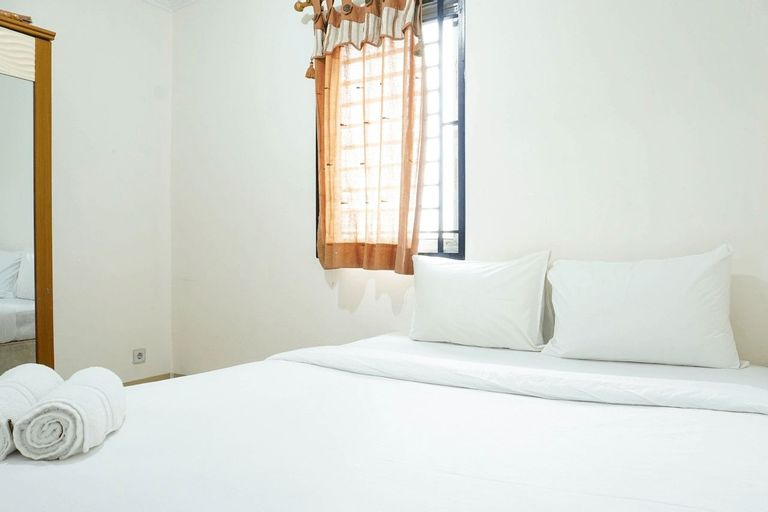 Homey and Warm 2BR Mediterania Palace Apartment By Travelio, Jakarta Pusat