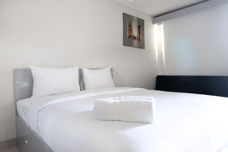 Comfy Studio Room The Oasis Apartment By Travelio, Cikarang