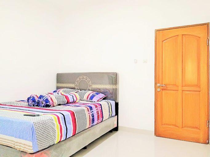 RoomMe Karang Anyar Comfort Zone, Central Jakarta