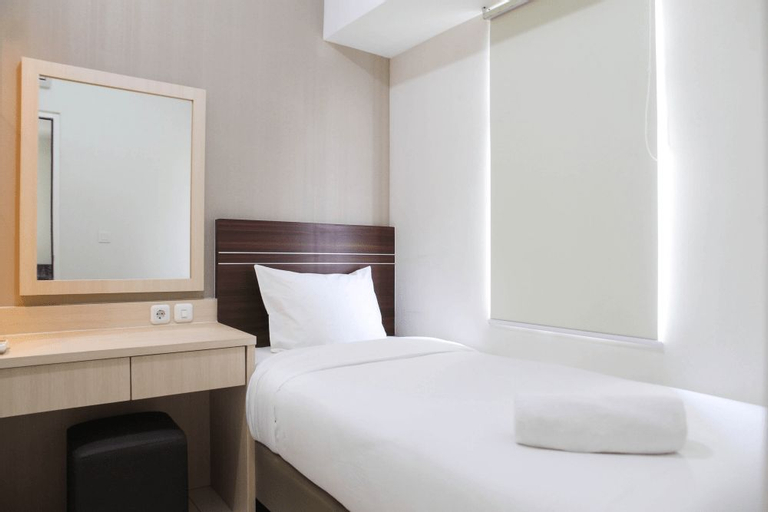 Clean 2BR Apartment @ Springlake Summarecon Bekasi Apartment By Travelio, Bekasi