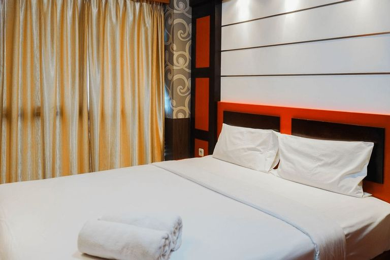 Best Price 2BR at Tifolia Apartment By Travelio, East Jakarta