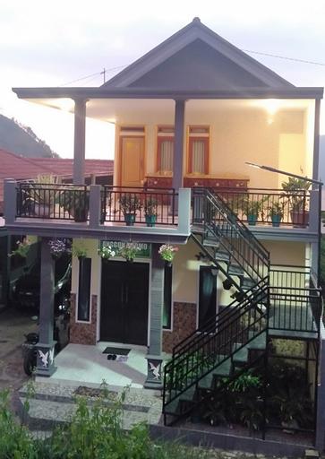 Holiday Home Anggun Bromo, Probolinggo