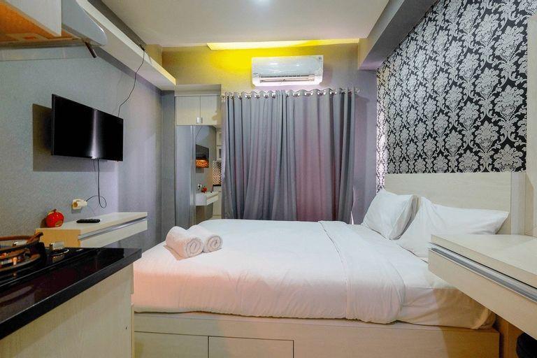 Furnished Studio Green Pramuka City Apartment By Travelio, Central Jakarta