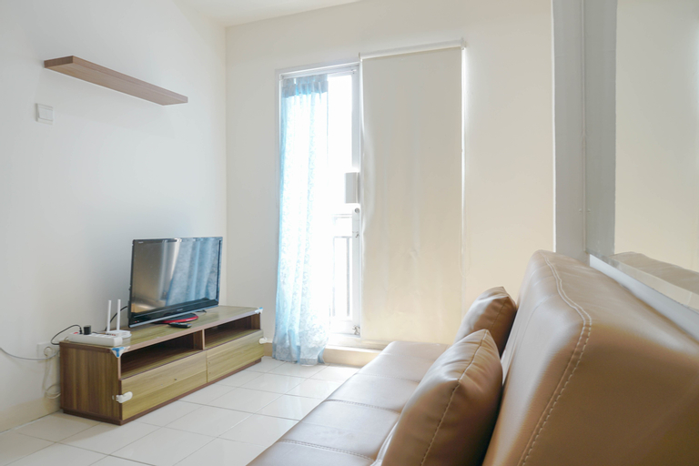 Comfy and Strategic 2BR Puri Park View Apartment By Travelio, West Jakarta