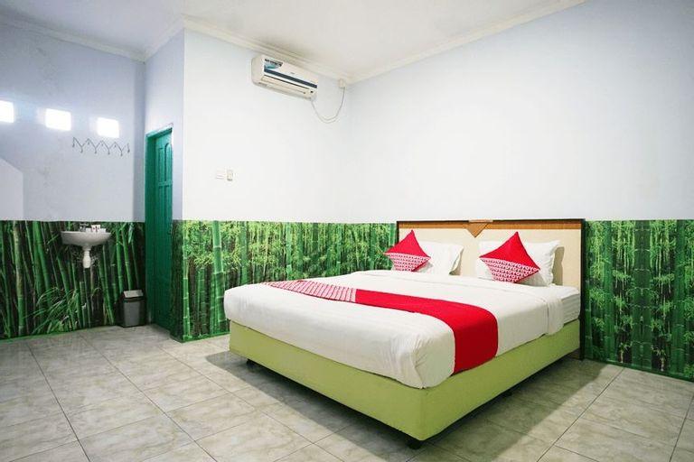 OYO 754 Nur Aziziah Guest House, Balikpapan