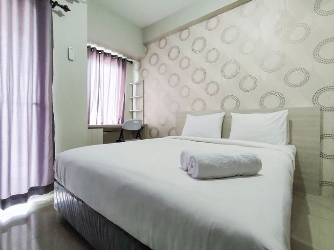 New Furnished & Modern @ Studio Tamansari Mahogany Karawang Apartment By Travelio, Karawang