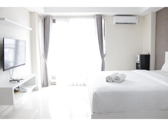 Comfy Studio Apartment at Tamansari Tera Residence By Travelio, Bandung