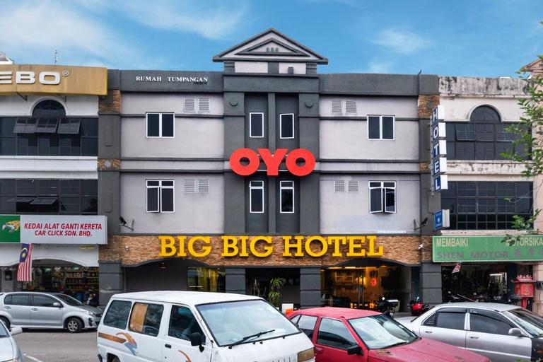 OYO 89355 Big Big Hotel, Johor Bahru
