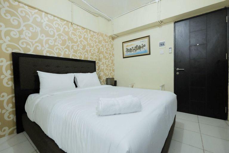 Minimalist Studio at Kebagusan City Apartment By Travelio, Jakarta Selatan