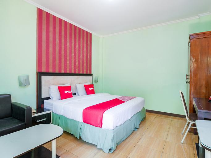 OYO 3749 Hotel Global Inn Syariah, Surabaya