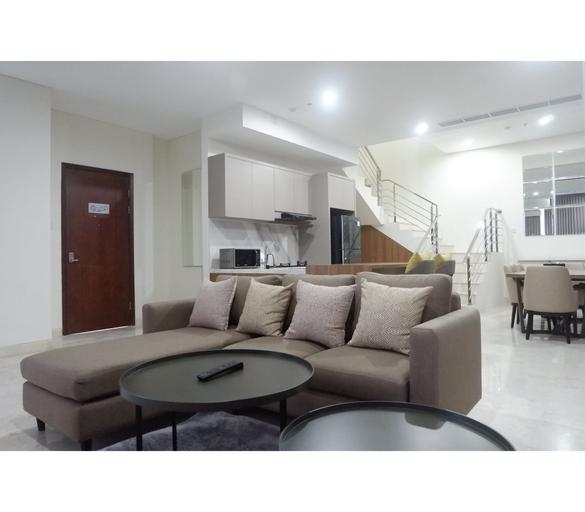 Luxurious & Spacious 3BR Apartment at Grand Sungkono Lagoon By Travelio, Surabaya
