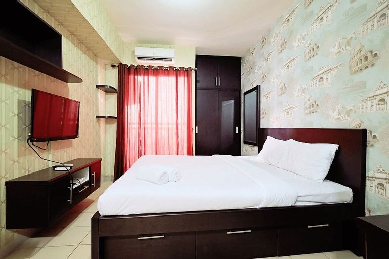 Minimalist Studio Room at Serpong Greenview By Travelio, Tangerang Selatan