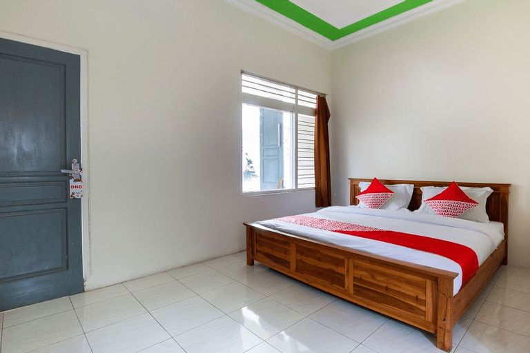 OYO 3210 Villa Aisya, Malang