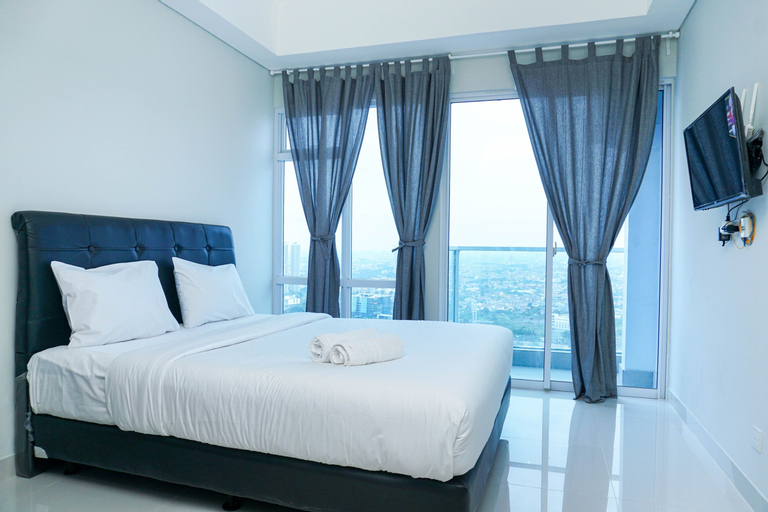 Simply Furnished Studio Apartment at Puri Mansion By Travelio, Jakarta Barat