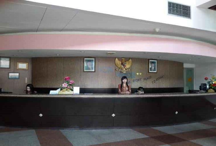 Paradise Hotel Karimun, Karimun