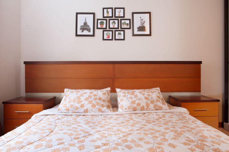 Hening House - 5 Bedrooms, Banyumas