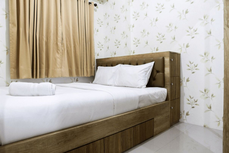 Well Designed 2BR Green Pramuka Apartment By Travelio, Central Jakarta