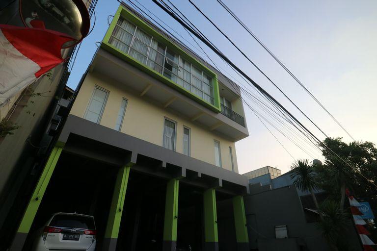 Cari 003 - Tebet Residence, South Jakarta