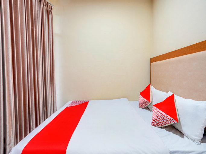 OYO 3710 Izzi Hotel, Lamongan