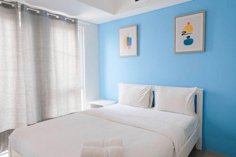 Minimalist and Convenient 1BR Bintaro Plaza Apartment By Travelio, Tangerang Selatan